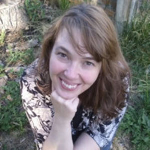 Portrait photo of Angela Archer.